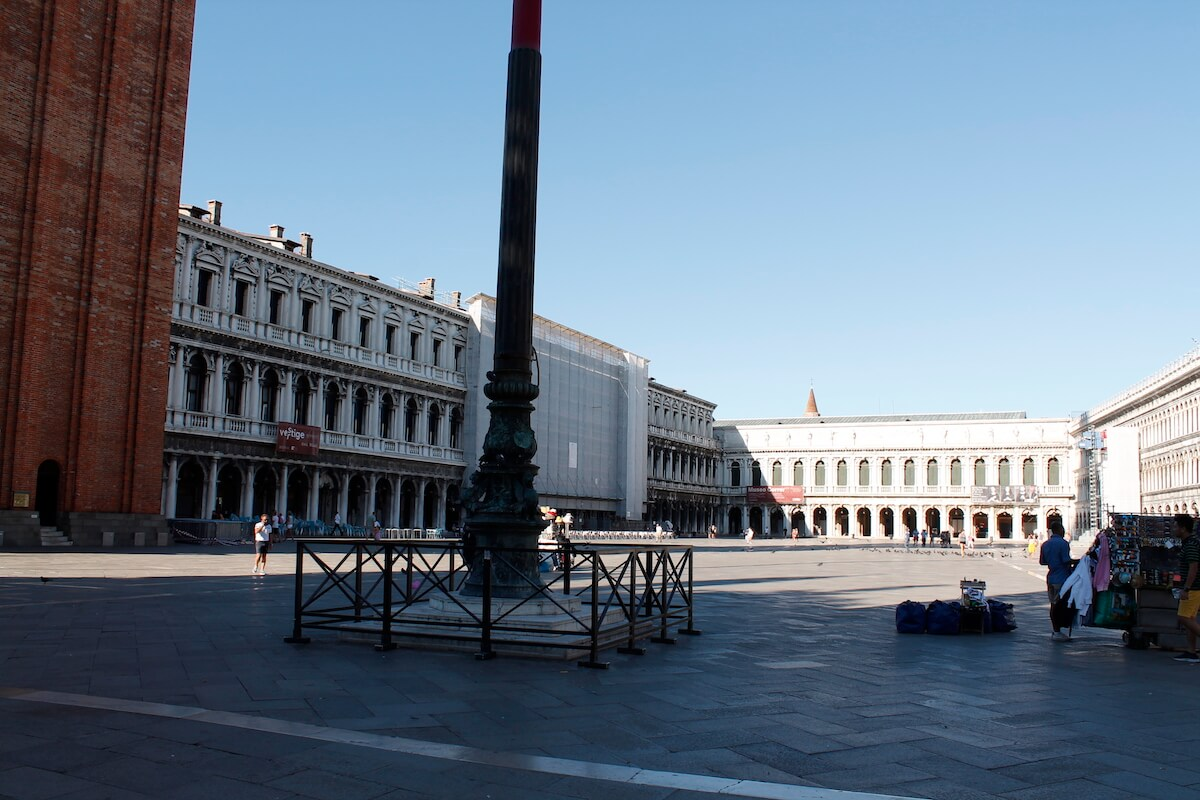 Piazza San Marco before 8 am