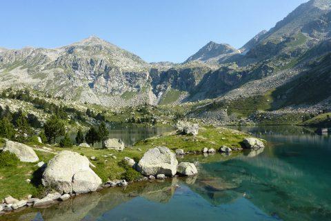 Views from Gémena lake
