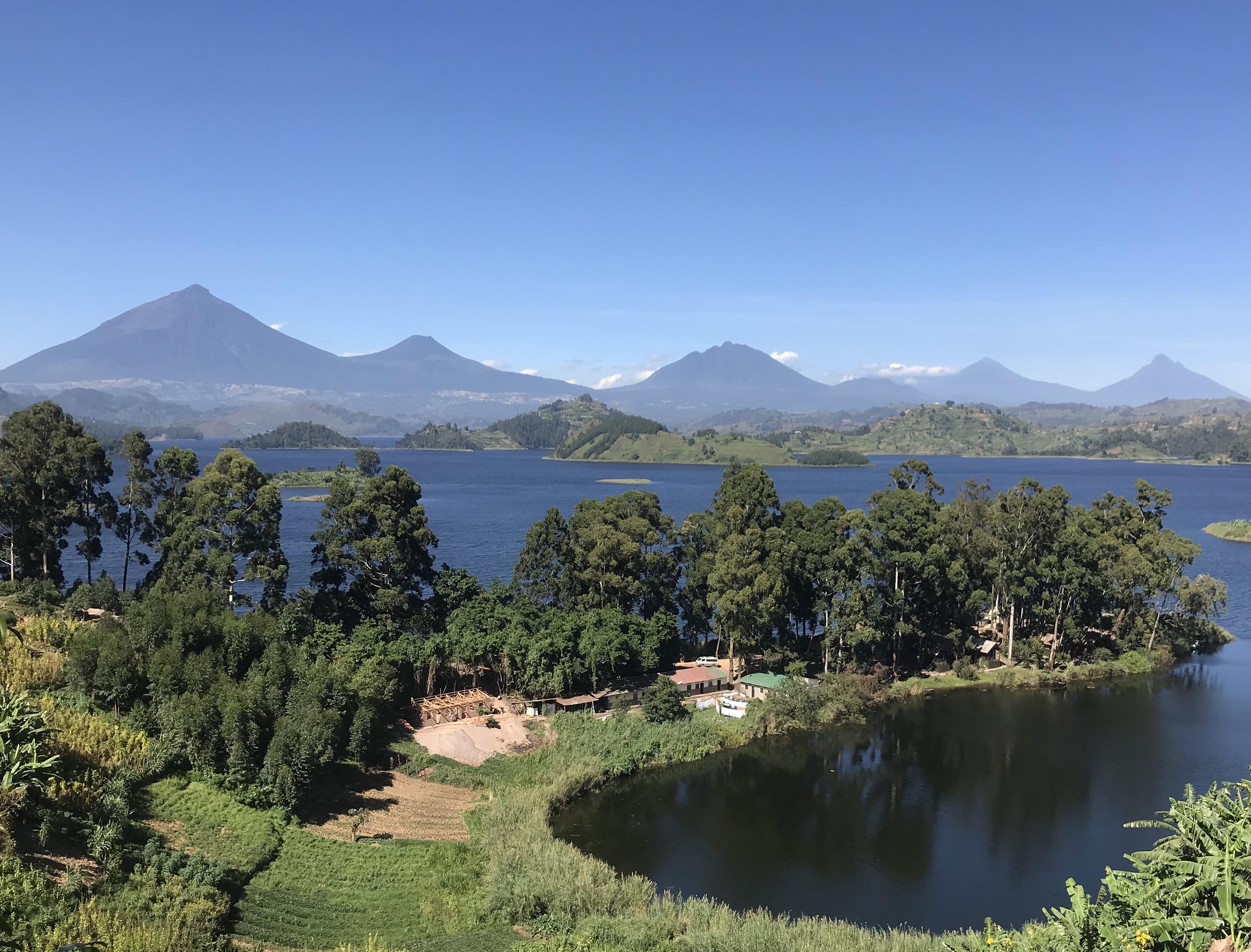 Mutanda Lake Resort