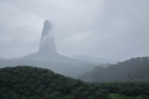 Pico do Cao Grande: São Tomé southern day tour