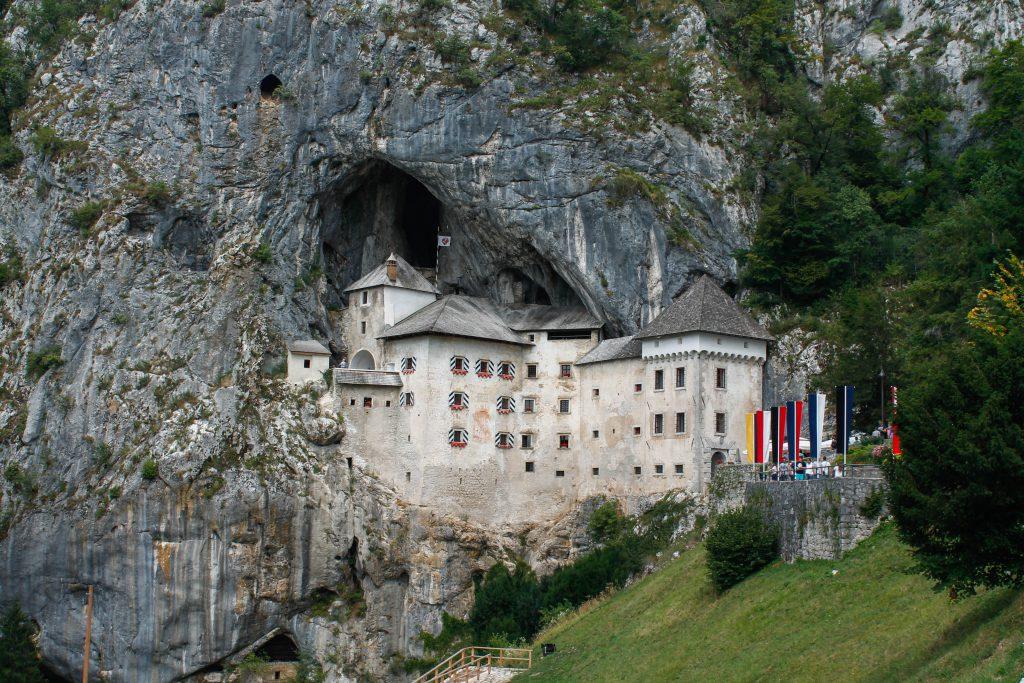 Itinerari d'una setmana a Eslovènia: castell de Predjama
