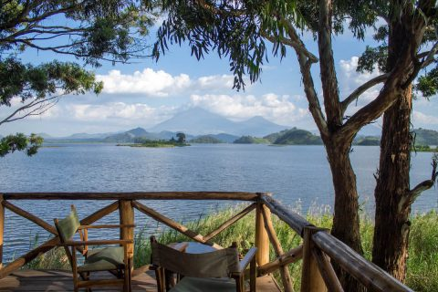 Dormint a Mutanda Lake Resort a Uganda
