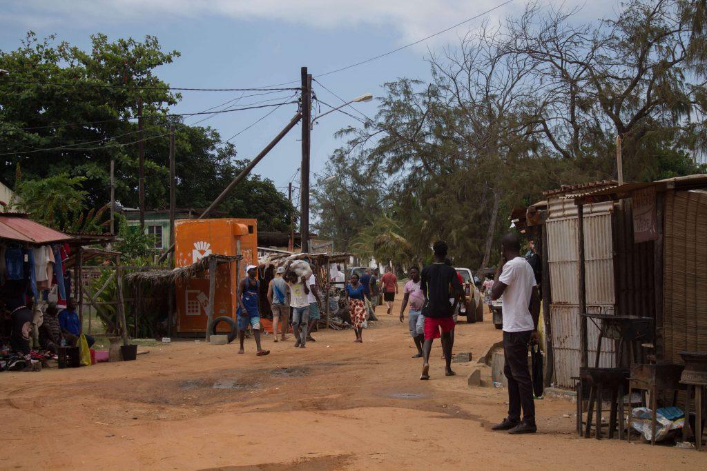 poble de Tofo Moçambic