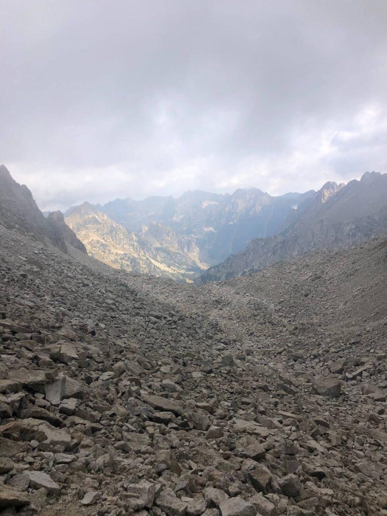 Coll de Contraix vist des de la cima