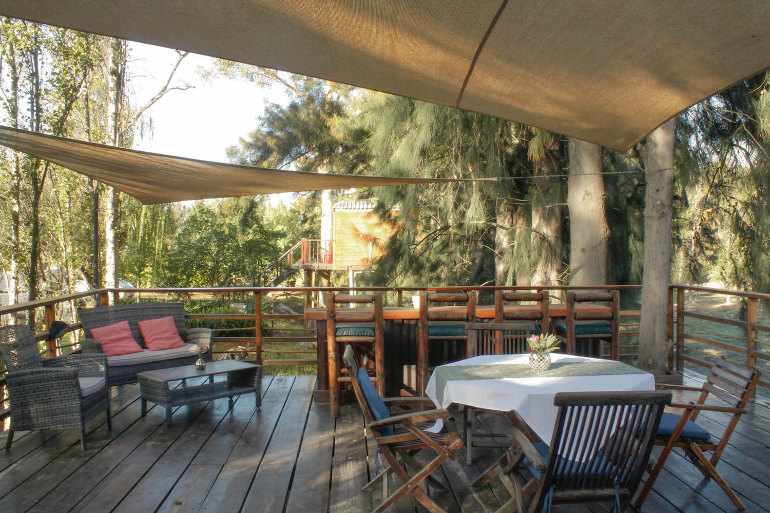 Breakfast and animalviewing deck at Vindoux Guest Farm