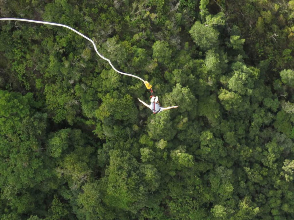 I'M 8 HOURS AHEAD Bucket List: bungee jumping in South Africa