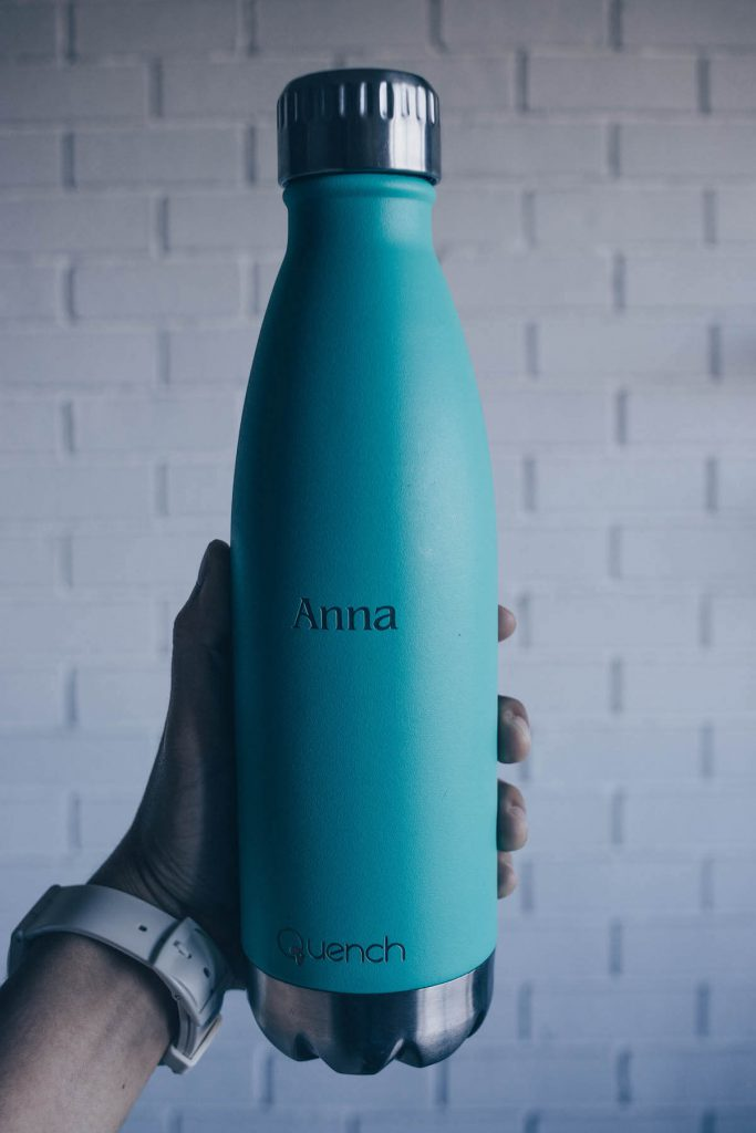 How to save money on food while you travel: carry reusable bottles
