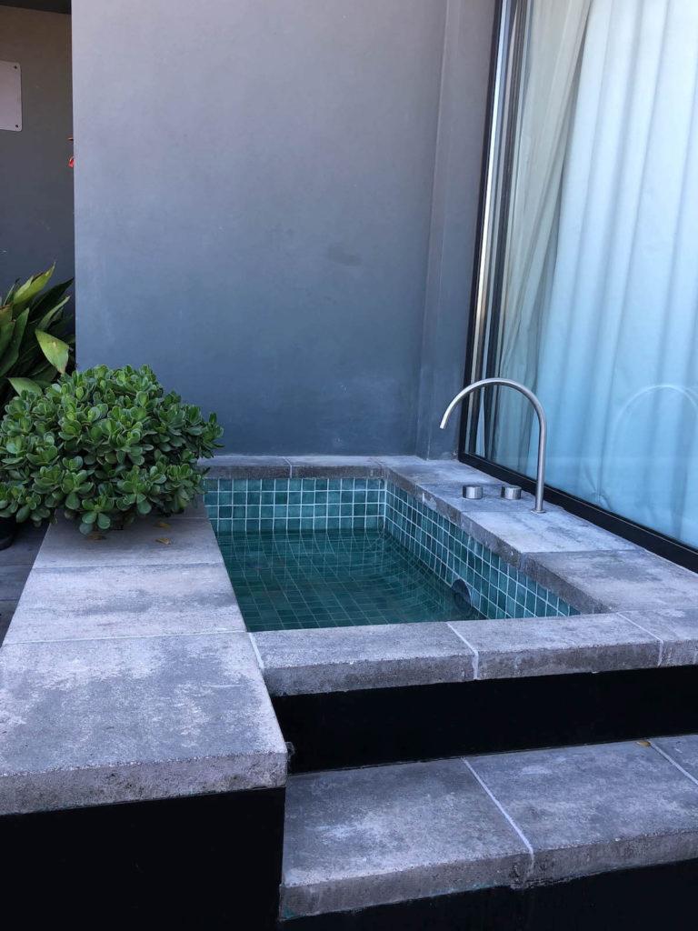 Hotel Brummell penthouse hot tub