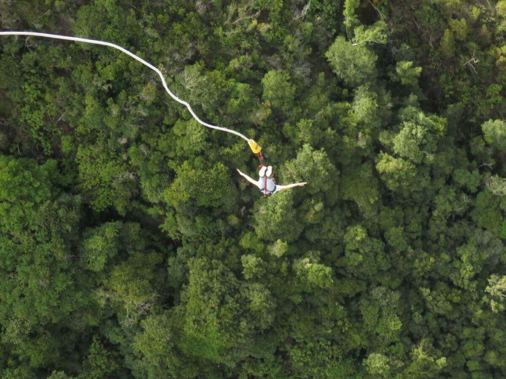 Bungee jumping from Bloukrans bridge